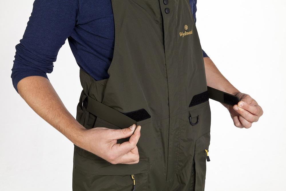 These Velcro straps make waist adjustment simple