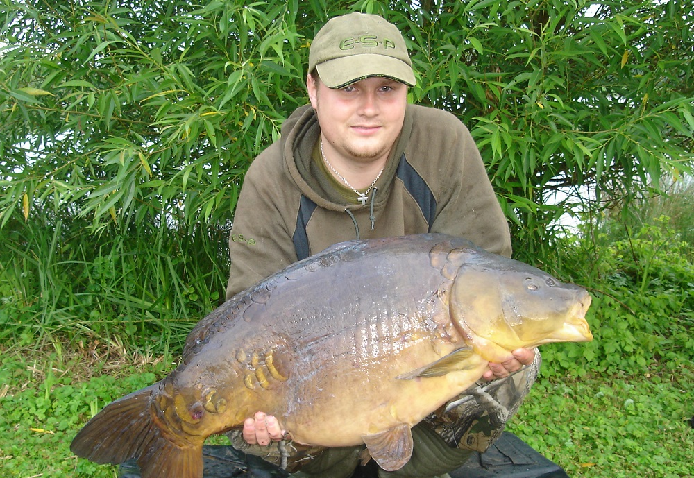 A chunky mirror now over 30lb