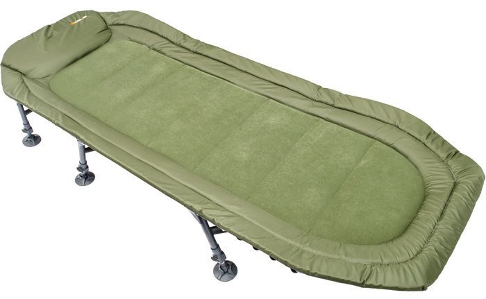 The Rogue bedchair weighs 8.4kg