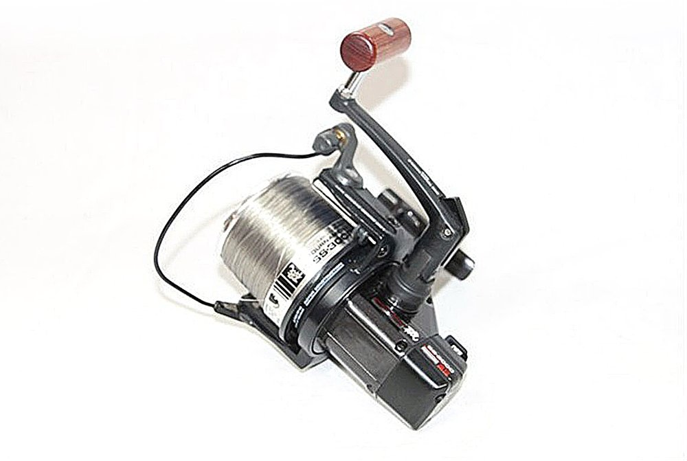 Damian used Daiwa SS3000 reels, which have since been re-released