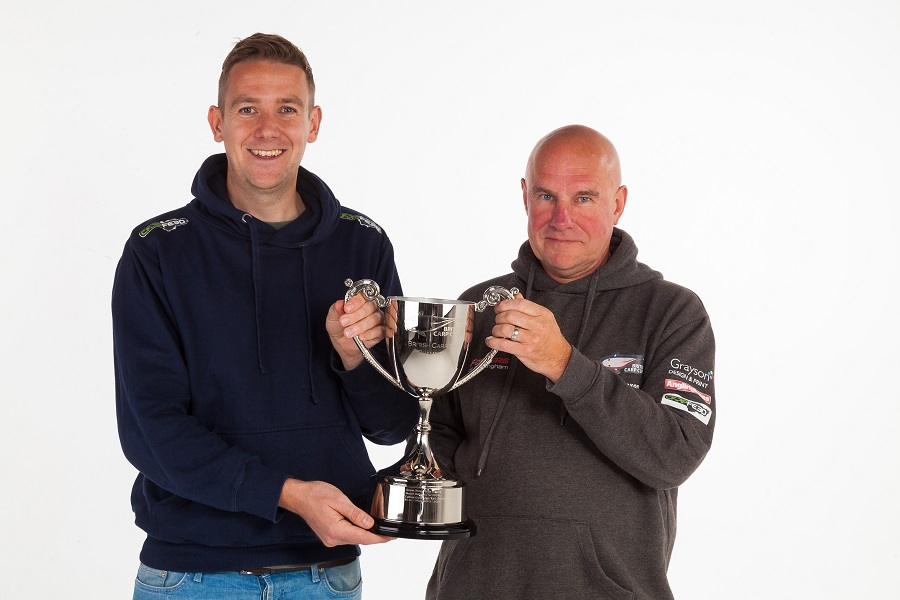 British Carp Cups boss Mick Coxon (right) with the winners' trophy and Carpfeed editor Thom Airs