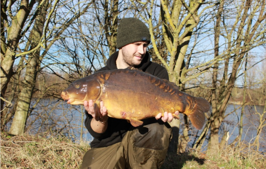 The smaller of the two went 21lb 6oz
