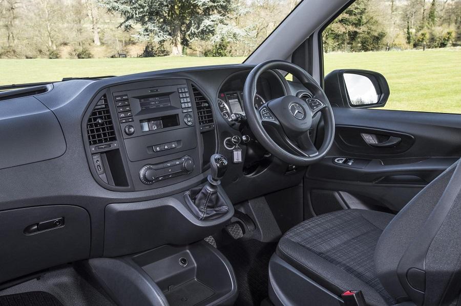 Mercedes-Benz Vito (1).jpg