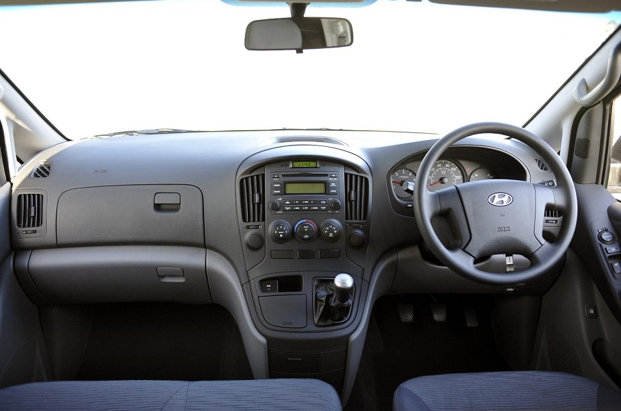 Hyundai iLoad (1).jpg