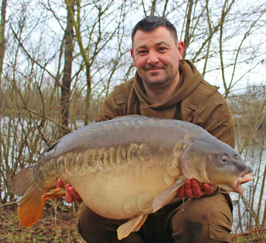 This mirror went 28lb 5oz