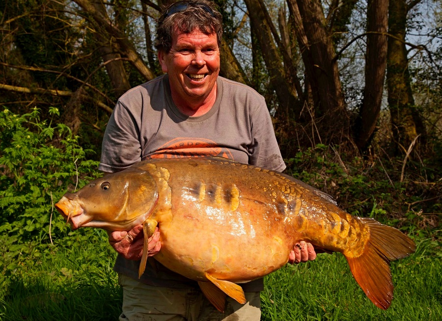 The 57lb 10oz lake-record mirror