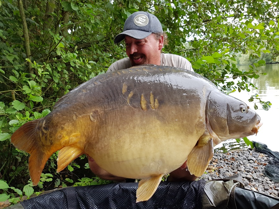 Ludovic also had this mid-50 mirror