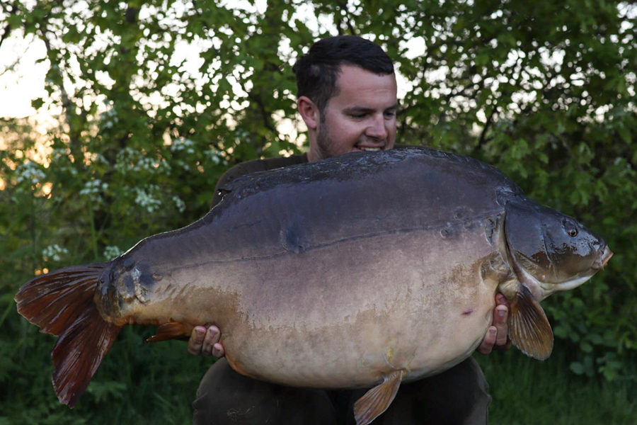 Tom's 54lb UK pb from the Avenue