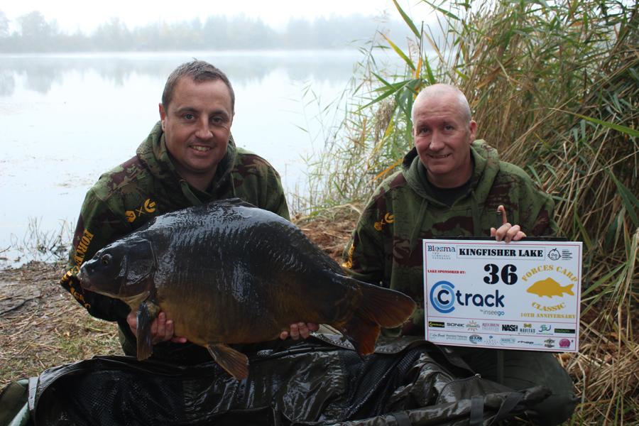 The winning pair of Martin Sisson and Stuart Thomson