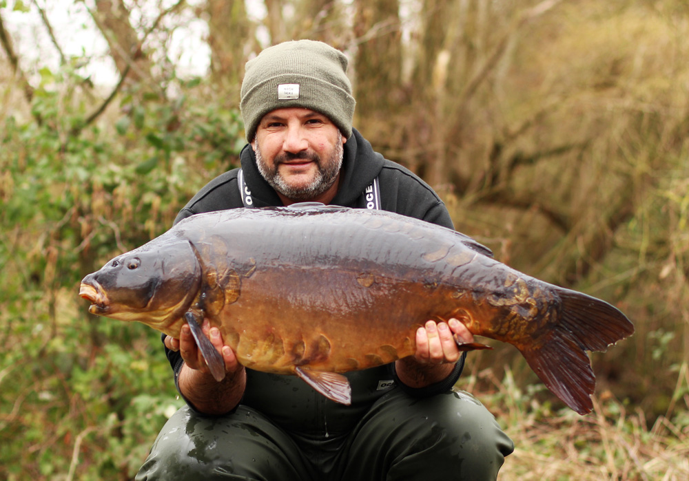 35lb 2oz of Bluebell mirror on a zig