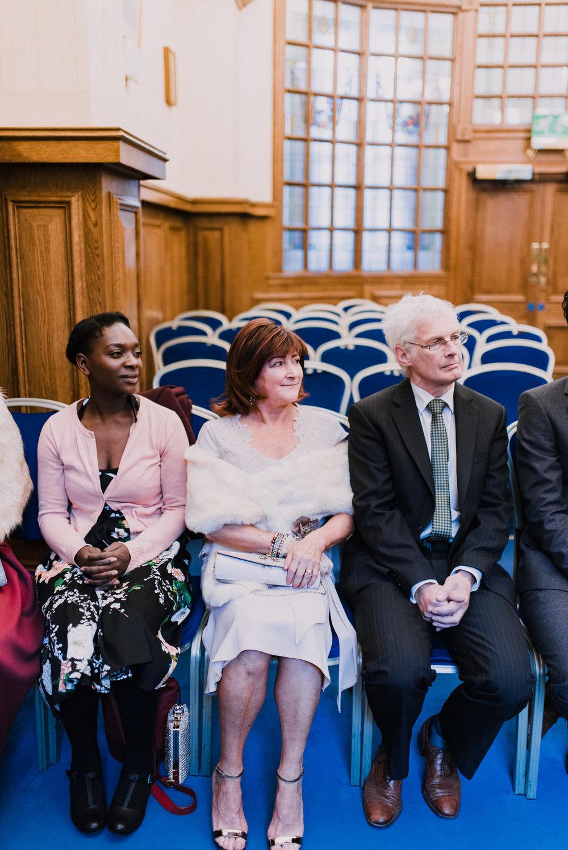 Belfast City Hall Wedding Photographer11.jpg