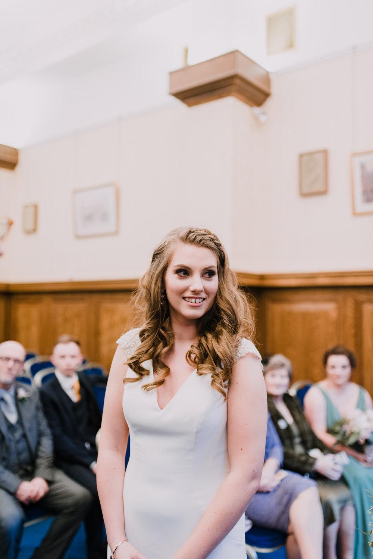 Belfast City Hall Wedding Photographer15.jpg