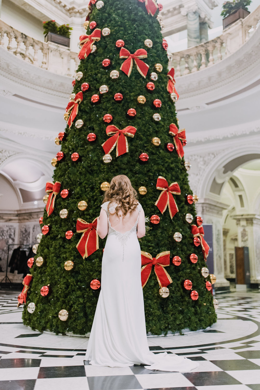 Belfast City Hall Wedding Photographer23.jpg