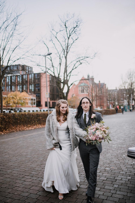 Belfast City Hall Wedding Photographer28.jpg