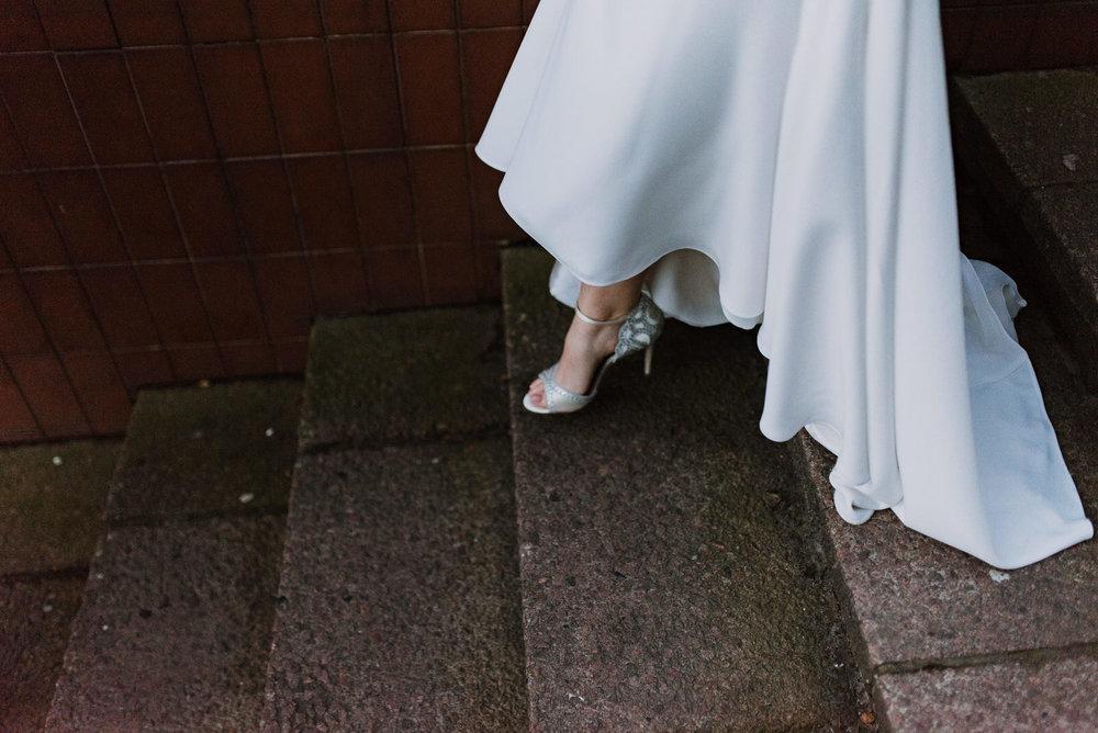 Belfast City Hall Wedding Photographer34.jpg