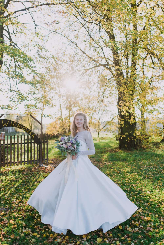 golden hour wedding photos, irish wedding photographer, english speaking wedding photographer in europe,.jpg