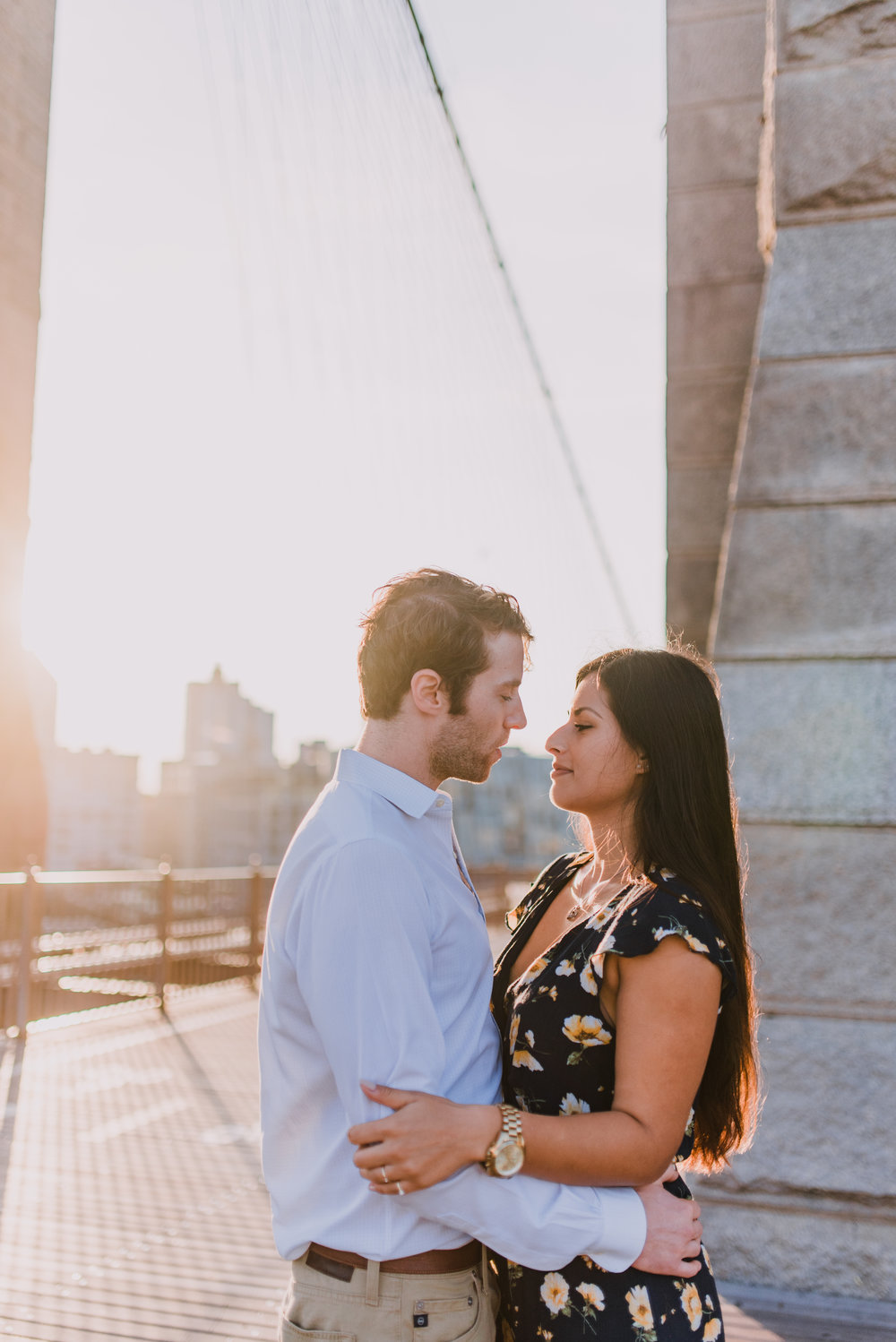 brooklyn bridge engagement shoot, couple shoot nyc, nyc wedding photographer, destination wedding photographer, documentary wedding photographer in nyc (11).jpg