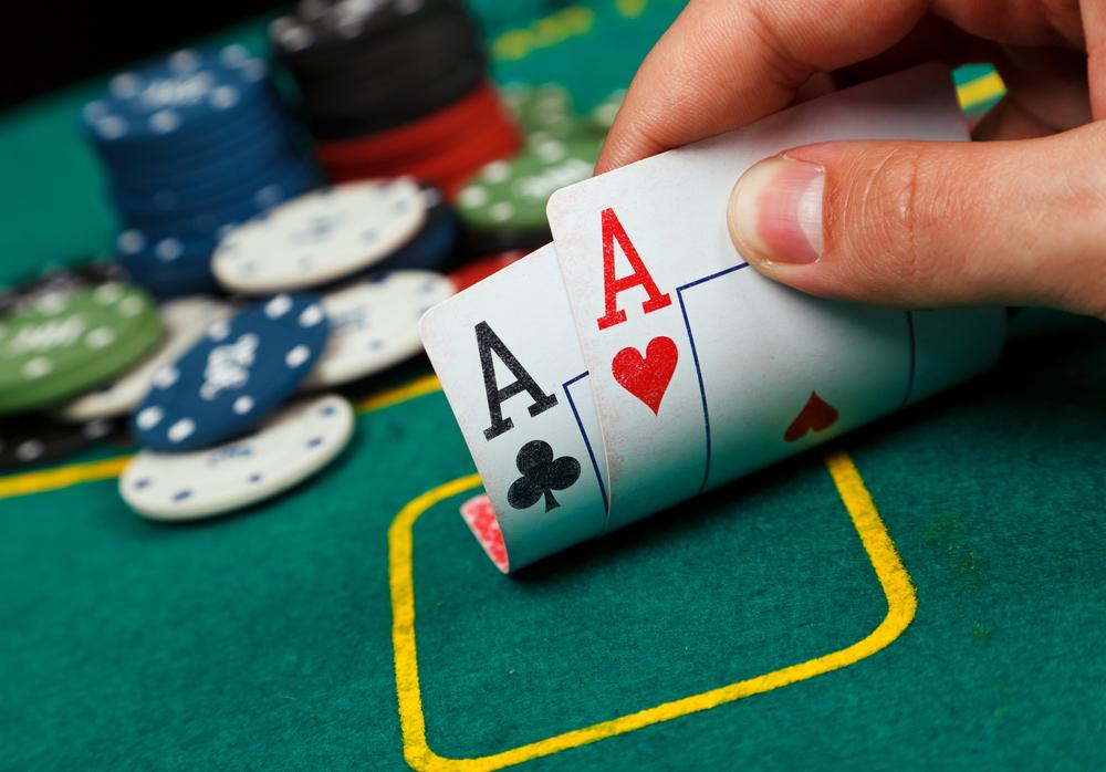 beesker poker.jpg