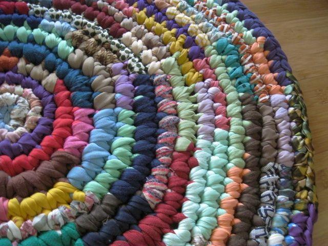 beesker rag rug making.jpg