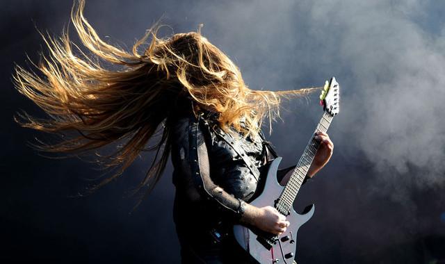 beesker heavy metal.jpg