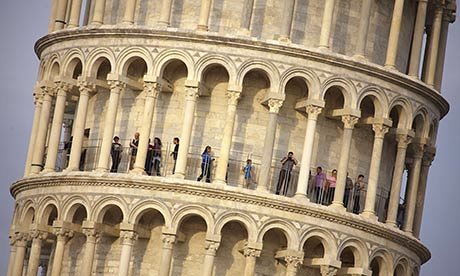 beesker leaning tower of pisa.jpg