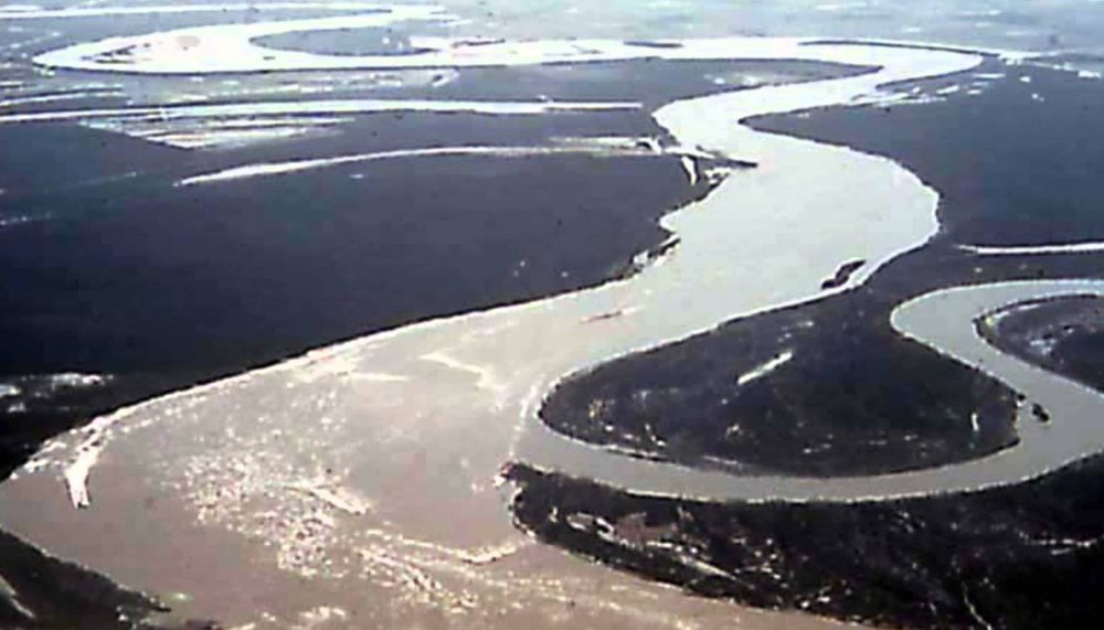 beesker mississippi river.jpg