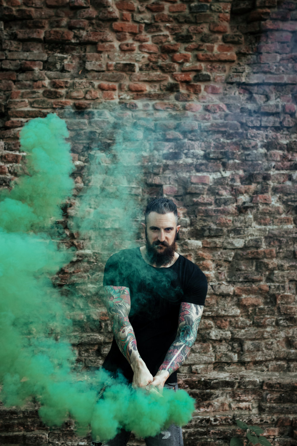 smokebombs_ferrara_shoot-42.jpg