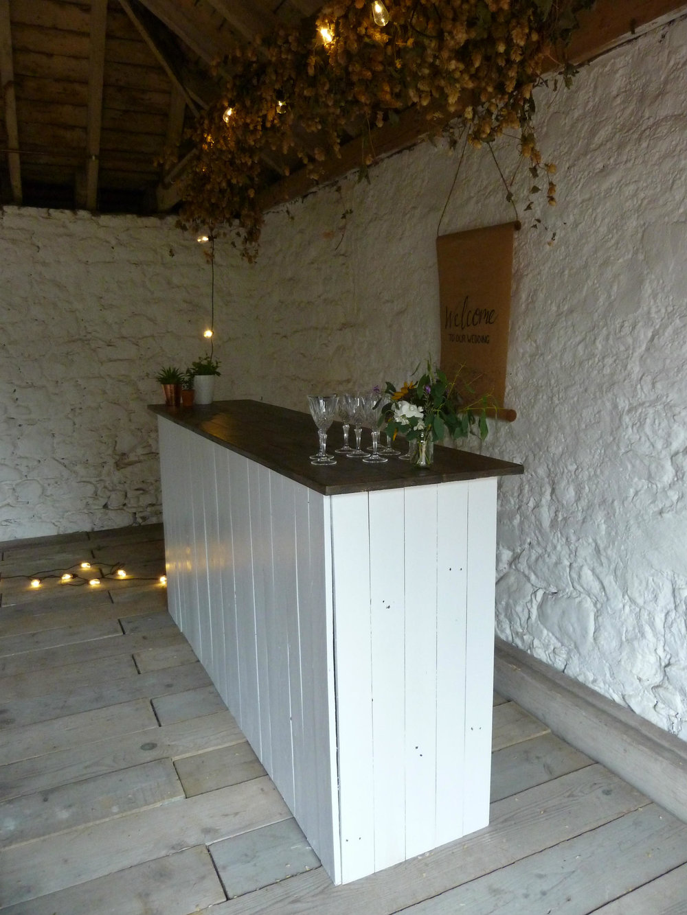 White Beach Bar /Rustic Bar / Wedding & Event Hire | HoplerWoodCo