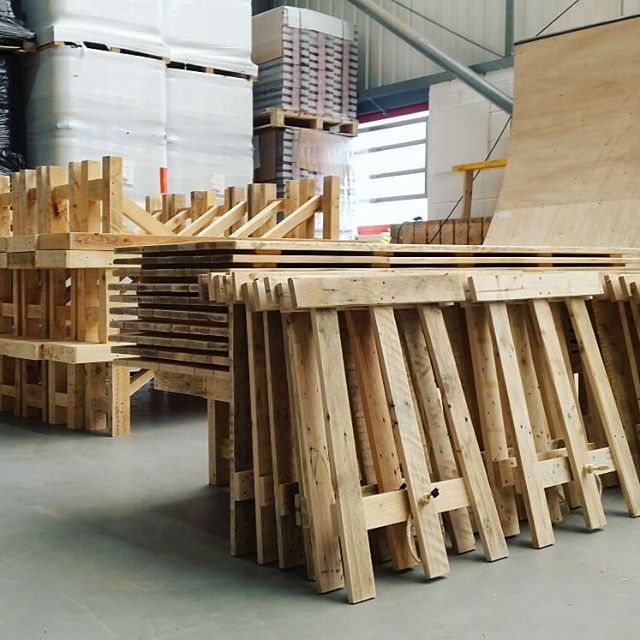 the DROP OFF    Stacking up our skinny trestles+benches this morning @tempestbrewingco for what has to be one of our fav. delivery spots. Can't wait to see how it all looks this weekend! #tempestspringfest #scottishborders #eventrentals #rustictables #trestletable #woodenbenches #hoplerwoodco