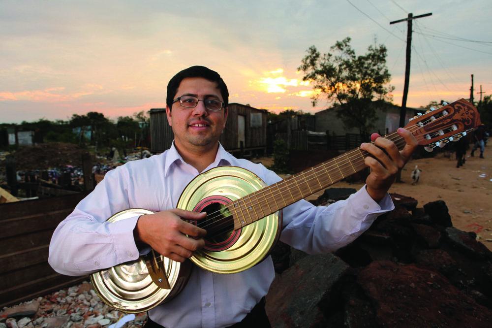 landfillharmonic_orchestra_director_favio_chavez.jpg