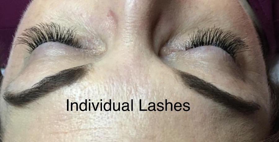indivdual lashes  label.jpg
