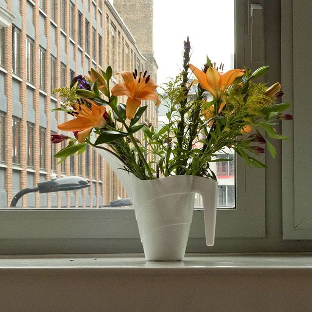 Brighten up that fall London day with a spritely bouquet