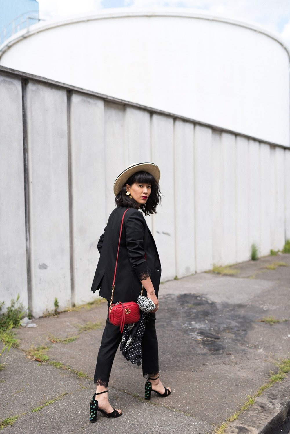 Our Model#2 styled by French fashion blogger @dressingleeloo