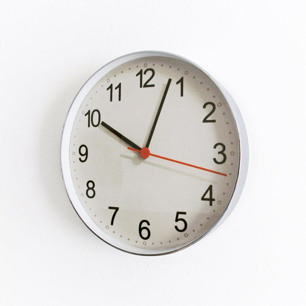 Photo,  2009  Digital C-print inside a wall clock case  27.5 x 27.5 x 4.5 cm  Ed. 1/4