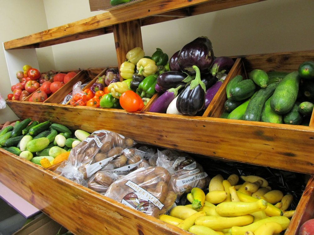 Food Pantry 8_27 007.jpg