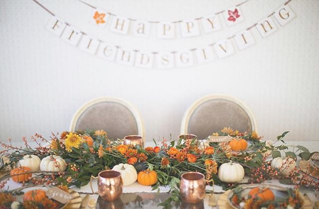 Honored to have played the tiniest of parts in this ridiculous Friendsgiving tablescape. Thank you @crownsbychristy and @honestlykate.  _ 📷: @msnphotography 💻: @influenster link in bio has all the details