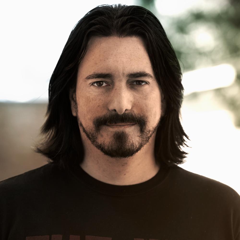 Dean Gonzalez - Editorial