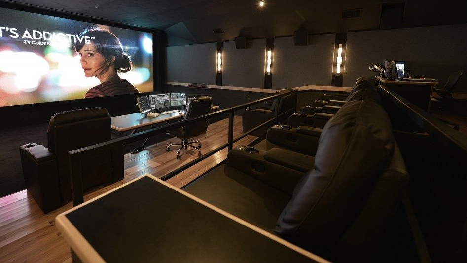 THX Screening Room - Our theater was designed in conjunction with and certified by THX, the premier theater standards organization. This ensures that the highest sound and picture quality are presented, providing great assurance that what you see and hear is 100% accurate.(Only available in Los Angeles)