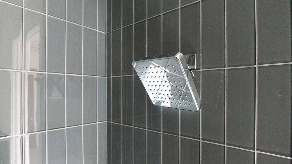 Flats-3rd-Bath.jpg