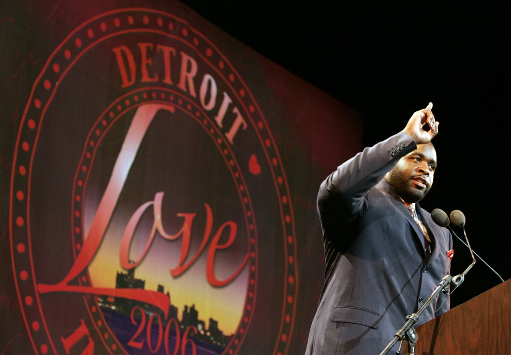 Kwame Kilpatrick speaks to the crowd at the Fox Theatre in downtown Detroit as he is inaugurated for his second term as mayor.  Courtesy of the Detroit Free Press.
