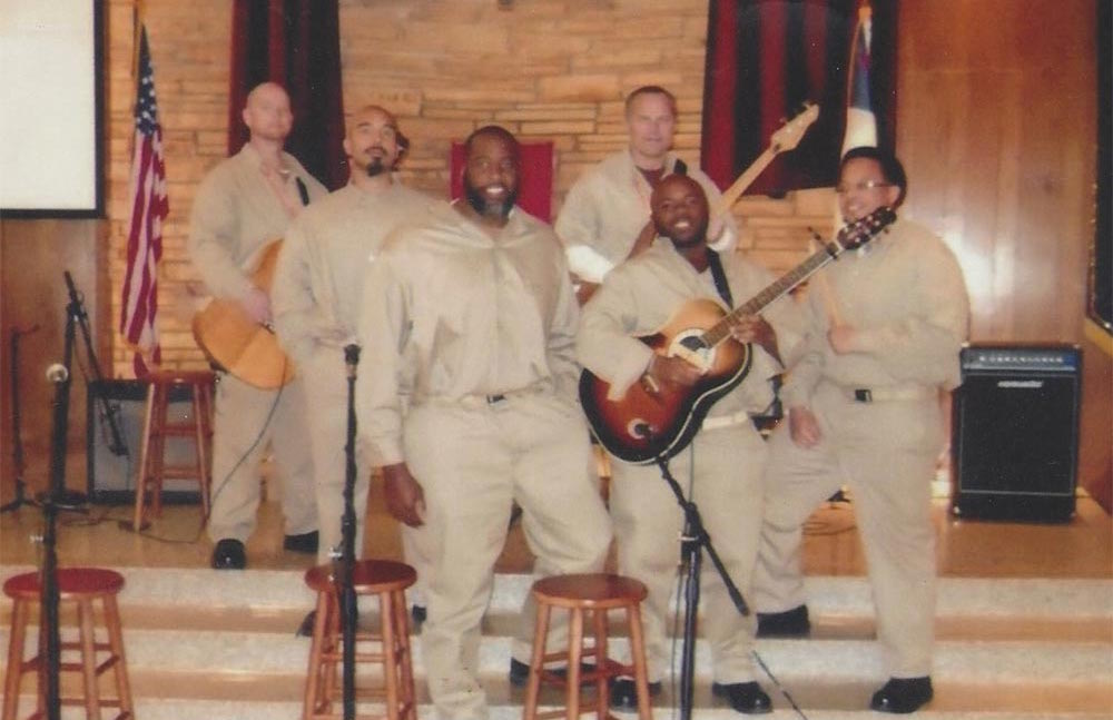 Kwame began his sentence in federal prison at El Reno Correctional Facility in Oklahoma in 2014. He began singing in the church choir, mentoring other inmates, and taking classes in business law and other subjects.  Courtesy of the Free Kwame Project.