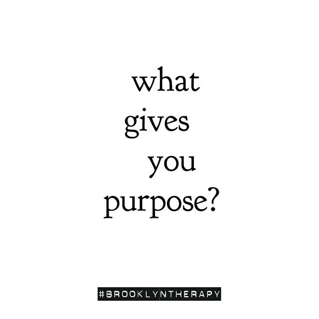 ON PURPOSE. // 🧐Though it can take us years to find and create, a sense of purpose can deeply ground our lives and identities. Having clarity about what brings us fulfillment, joy, and a sense of what-we're-put-on-Earth-you-do can help us weather the inevitable storms of change, loss, and uncertainty, and feel comfortable and confident in our own skin. 💡 If you're feeling bored, uninspired, just plain meh, ask yourself what lights you up. 🎉What makes you feel alive, inspired, and excited? Even if (especially if!) it's a wild, non-traditional answer, allow yourself to get curious about it— and take a small step to follow it! One step at a time and you'll happen upon it... 🙏