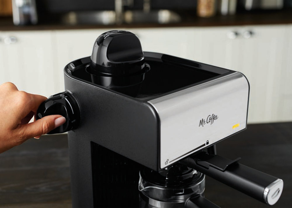 MR_COFFEE_Espresso_ECM170_04.jpg