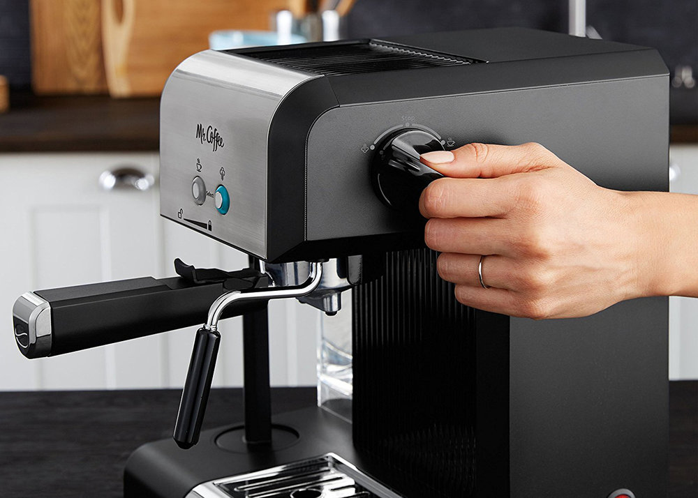 MR_COFFEE_Espresso_ECMP60__0007_Images_08_Scene.jpg