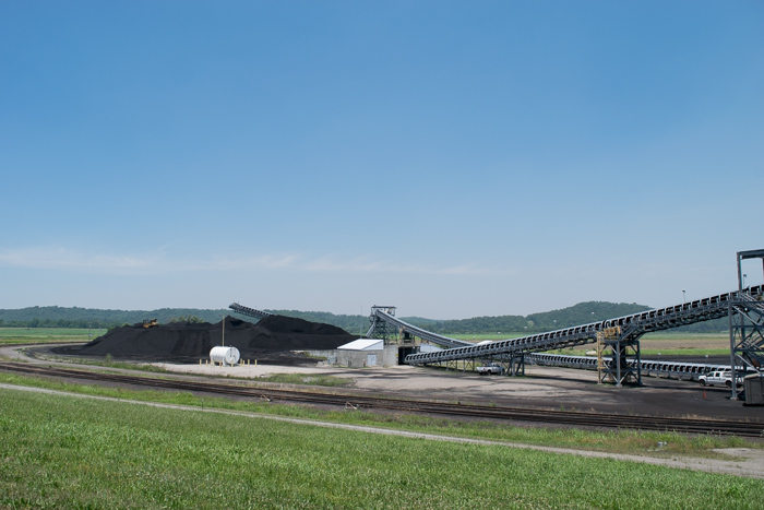 High-sulfur coal is mined in Illinois and most likely shipped to China due to air regulations in the U.S., according to a local.