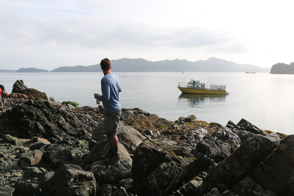 Peter looks back as the water taxi pulls away (photo by Blair Ryan)