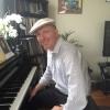Dan_at_home_piano_resized.JPG
