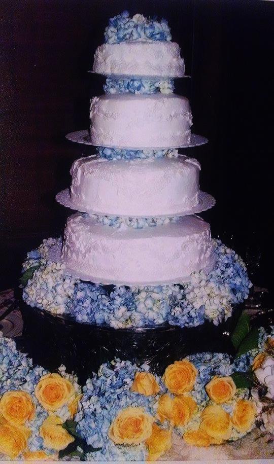 weddingcake2.png