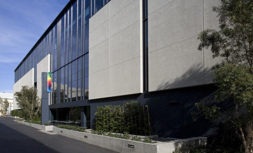 Technicolor Paramount Exterior Design Studio 440 Architecture - Exterior-designer