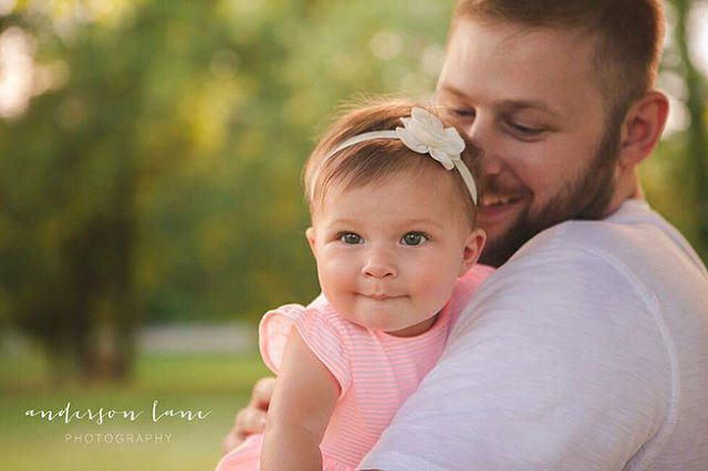 Trying to figure out what's sweeter from this session last night - the way her Dad looks at her or the way she looks at her Dad 😍 Happy Fathers Day to all the amazing ones out there!